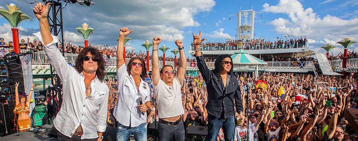 The Kiss Kruise V