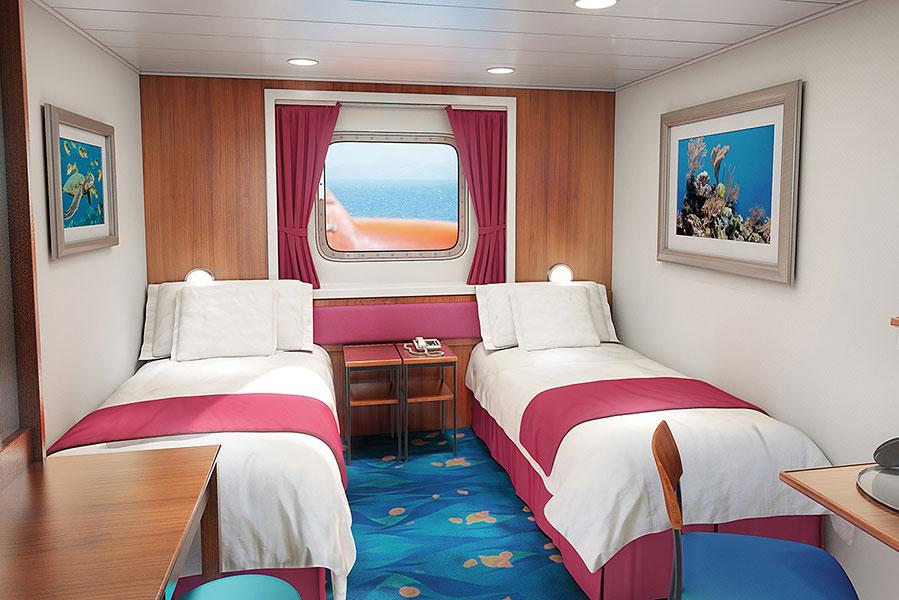Norwegian jade the rock boat for Ocean view vs balcony